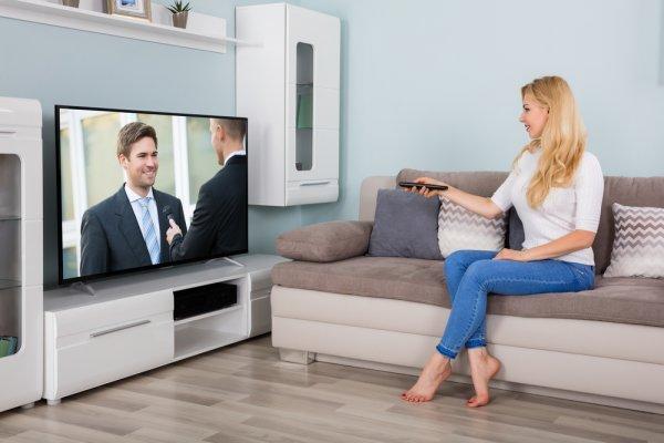 9 Rekomendasi Layanan Televisi Kabel Terbaik dengan Harga Terjangkau yang Bisa Jadi Sumber Informasi dan Hiburan (2020)