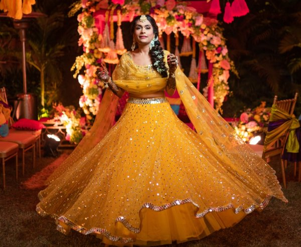 Glow Like Only a Bride Can in One of These 12 Dreamy Yellow Lehengas at Your Haldi! Plus All New Styles of 2020 Worth a Dekko!