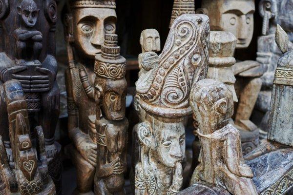 10+ Produk Unik Indonesia yang Bisa Dijadikan Oleh-Oleh Saat Traveling ke Luar Negeri