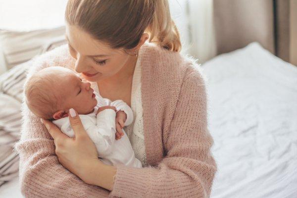 Yuk, Cek Daftar Kebutuhan Bayi Baru Lahir Lengkap Beserta Fungsi dan Rekomendasi Produknya! (2020)