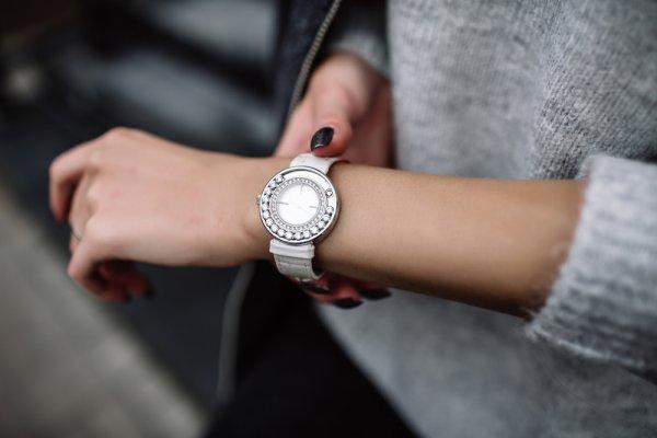 11 Jam Tangan untuk Anak Perempuan yang Lucu dan Menggemaskan