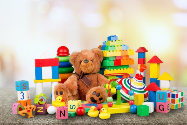 10 Rekomendasi Mainan Seru untuk Anak ini Bisa Membuatnya Makin Ceria dan Bersemangat (2020)