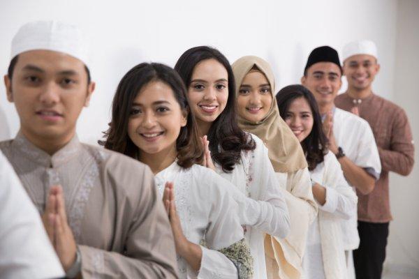9 Rekomendasi Baju Muslim Seragam Keluarga untuk Menambah Kekompakan