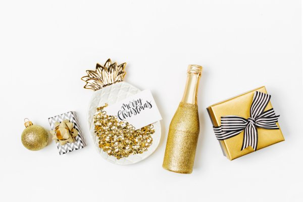 Unique Gold Plated Gifts for When You Need to Make an Impact but in a Budget: 10 Gift Ideas for Different Occasions (2021)