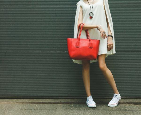 Guide Lengkap Memilih Tas Wanita Kekinian Yang Anti Mainstream dan 10 Brand  Yang Bisa Jadi Pilihan! 19e310c916