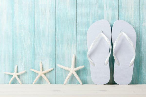 Tampil Unik dengan 10 Rekomendasi Sandal Jepit dan Ide Kreatif untuk  Memodifikasi Sandal Jepitmu agar Semakin Stylish 603748965e