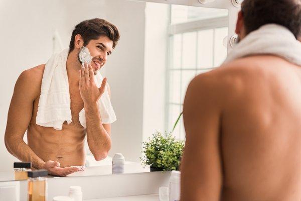 Bercukur Jadi Lebih Nyaman dengan 10 Rekomendasi Shaving Foam 2019