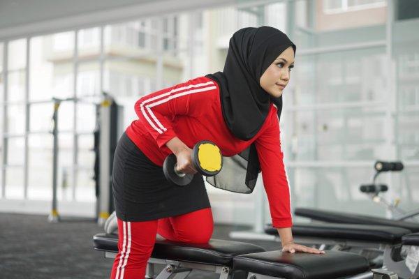 Tampil Lebih Syar'i Saat Berolahraga dengan 10 Rekomendasi Celana Senam Rok untuk para Muslimah