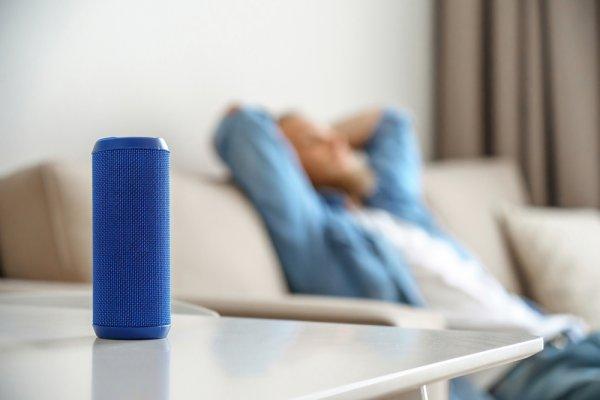 10 Rekomendasi Mini Speaker Bluetooth Berdaya Maksi untuk Pengalaman Mendengarkan Musik di Mana Saja (2020)