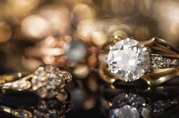 10 Merek Perhiasan ini Dikenal Sangat Mahal!