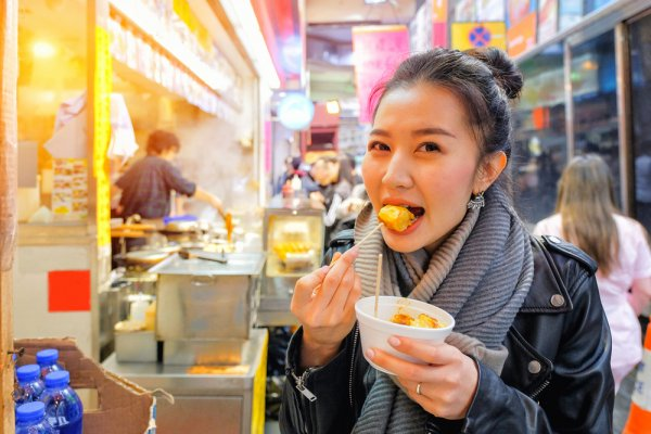 There's so Much More to Chinese Food than You Thought: Tease Your Taste Buds with Authentic Chinese Street Food (2019)
