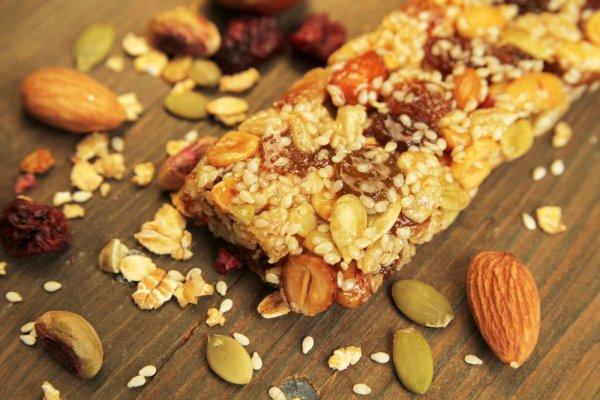 Dapatkan Berbagai Manfaat yang Sehat dengan Mengonsumsi 10 Rekomendasi Snack Tinggi Protein yang Enak Ini