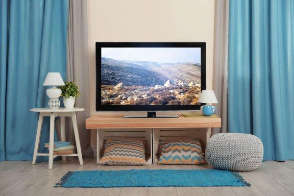 10 Rekomendasi TV LED Termurah dengan Kualitas Terbaik untuk Memberikan Pengalaman Menonton TV yang Memuaskan (2021)