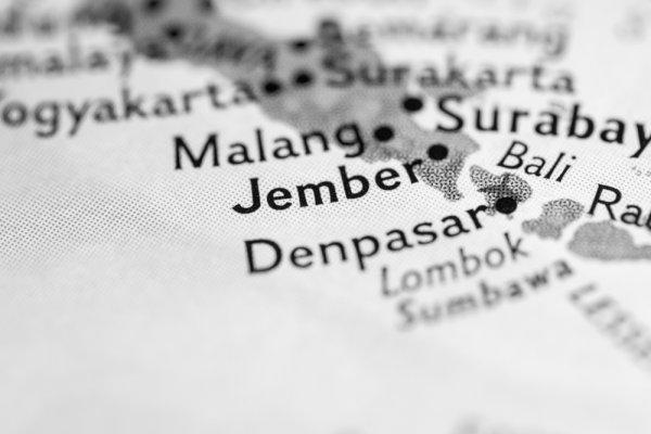 Jangan Terlena oleh Kota Kecil Ini, 12 Obyek Pariwisata Jember Hadirkan Daya Tarik Unik Khas Pulau Jawa! (2018)