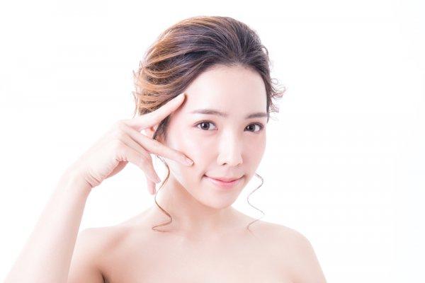 Pingin Cantik Ala Artis K-Pop? Ini 10 Rekomendasi Merek Kosmetik Korea yang Musti Dicoba (2019)