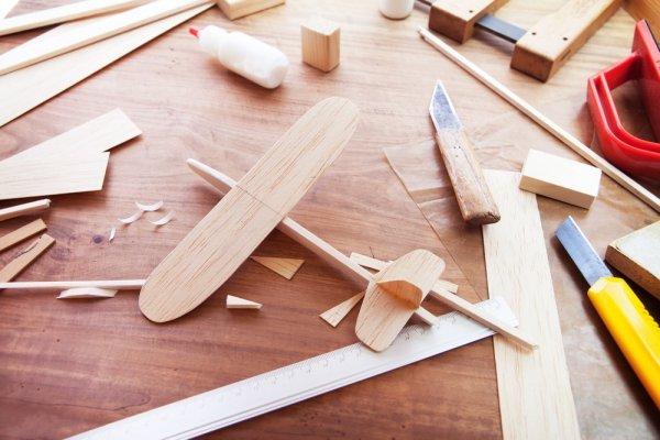 8 Ide Kerajinan Kayu yang Mudah Dibuat dan Punya Banyak Manfaat (2020)