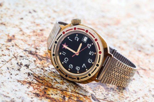 10 Jam Tangan Pria Swiss Army yang Original dan Keren untuk Pria Stylish 3952115749