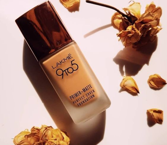 Are You Looking for a Foundation You Can Use on Daily Basis without Spending Your Entire Salary on It(2020)? Lakme India Boasts of an Entire Range of Foundations to Suit Your Skin Needs and Your Budget!