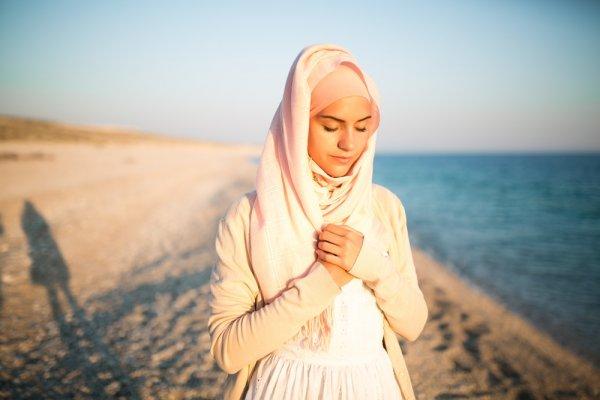 9 Rekomendasi Ini Cocok Jadi Panduan Baju Pantai Muslimah Kamu 2018