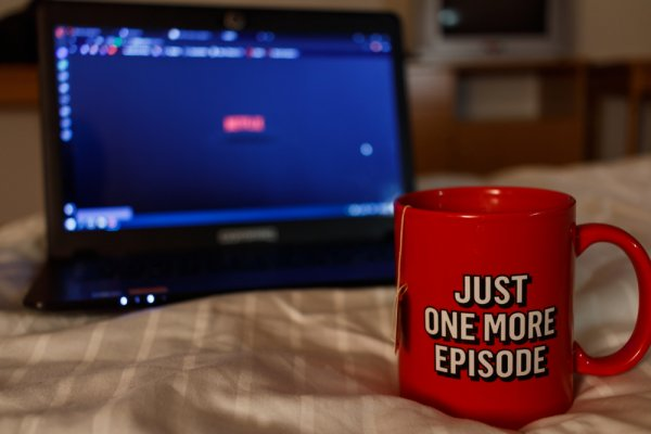 Top 14 TV Series of Multiple Genres That You Can Binge Watch on Netflix in 2019!