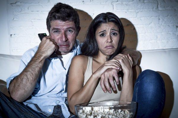 11 Rekomendasi Film Sedih yang Bikin Air Matamu Menetes