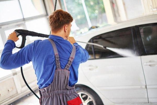 Bersihkan Mobil agar Nyaman saat Traveling dan Berkendara dengan 10 Rekomendasi Mesin Cuci Mobil yang Praktis dan Efisien