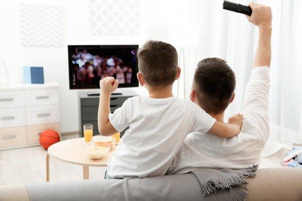 10 Rekomendasi Televisi Murah namun Berkualitas yang Bisa Jadi Sumber Hiburan di Rumah (2018)