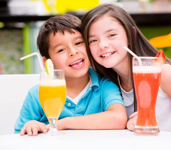 Jangan Biarkan Si Kecil Jajan Sembarangan, Yuk, Coba 18 Rekomendasi Resep Minuman Sehat untuk Anak dari BP-Guide!