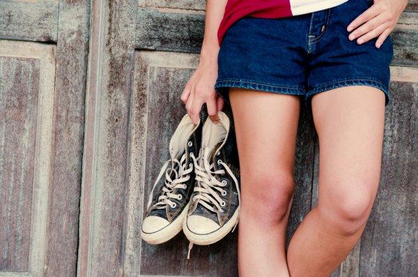 Tampilan Kamu Akan Makin Keren dengan Memakai Sepatu 10 Converse Terbaru 2018