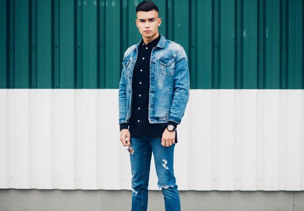 Jaket Jeans Memang Bisa Menjadi Andalan! Yuk, Temukan Ide untuk Tampil Keren dengan 5 Rekomendasi Jaket Jeans Pria Ini