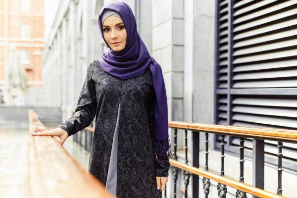 10 Rekomendasi Baju Muslimah untuk Tampil Anggun di Hari Raya (2019)