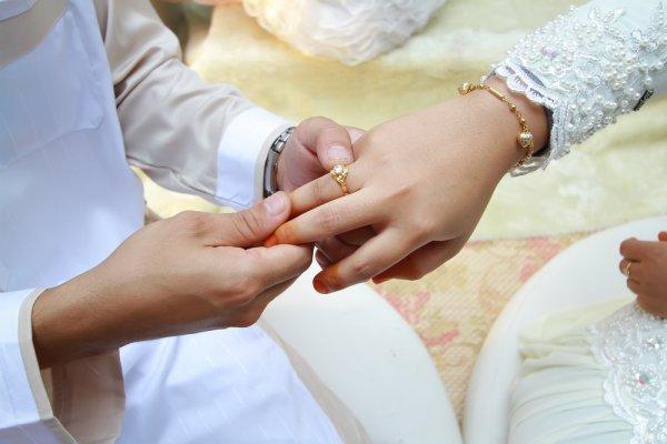 10 Model Cincin Nikah dalam Islam yang Bisa Jadi Inspirasimu!