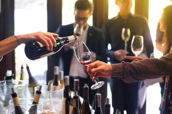 Jangan Salah Pilih, Ini 10 Rekomendasi Minuman Anggur Merah yang Enak dan Menyehatkan