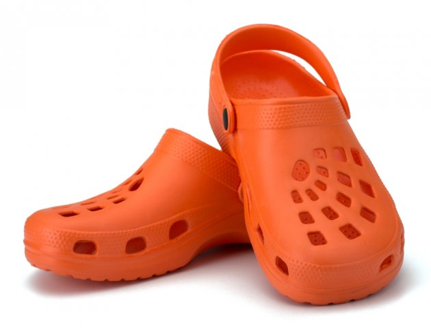 10 Pilihan Sandal Crocs Terbaru Untuk Perjalanan Yang Nyaman