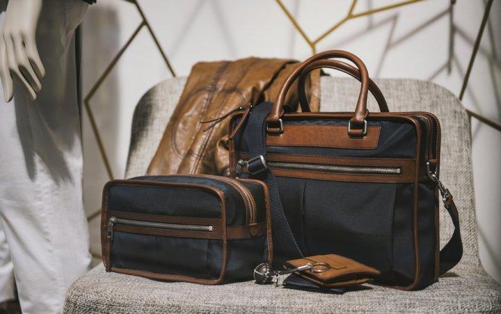 24208d0180f0 3wayビジネスバッグは、ブランドによってデザインや機能が大きく異なります。今回は、男性へのプレゼントに人気の3wayビジネスバッグのブランド を11社厳選しました。