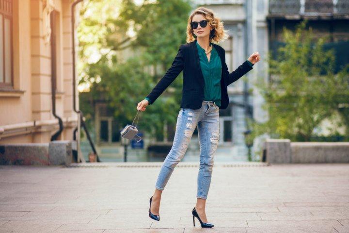 191aa4130de2b コーディネートの仕上がりを左右するほど重要なアイテムであるレディースバッグ。経験値の高い40代女性には、どのようなブランドが人気を集めている のでしょうか?