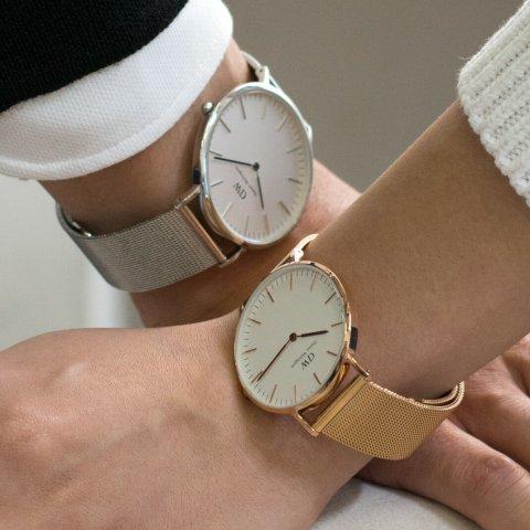 7226e94638 ダニエルウェリントンのレディース腕時計はサイズ展開が豊富なうえ、ユニセックスなデザインなので、彼氏や旦那さんとペアで使うのも人気です。