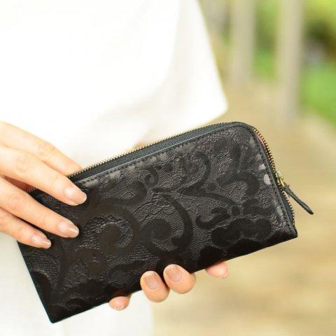 6a916a293b51 長財布は、各ブランドから豊富なデザインのものが展開されていて、ハイブランドではなくても質にこだわったおしゃれなアイテムがたくさん見つかります。