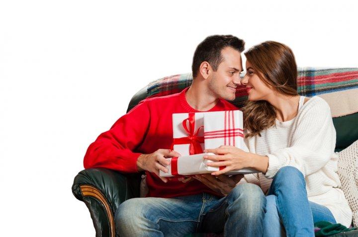 inspirasi kado anniversary buat suami untuk membuatnya tambah sayang