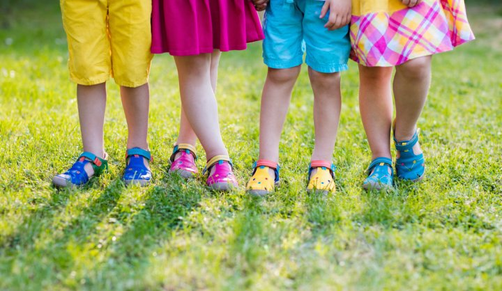 jadikan gaya anak semakin perfect dengan 10 pilihan sepatu