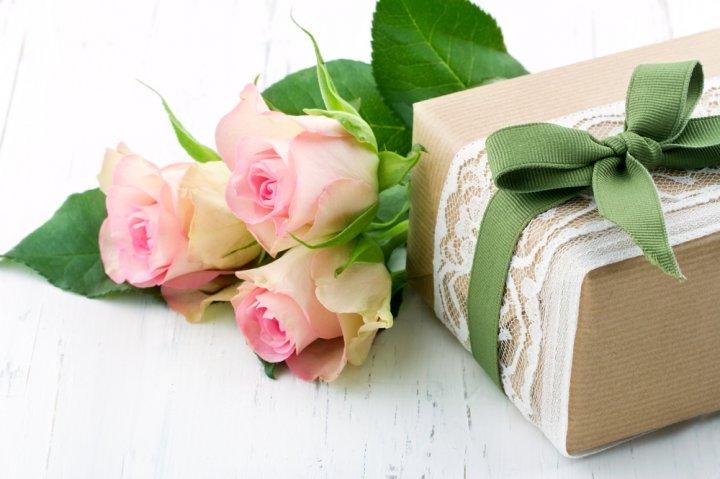 母に贈るプレゼント 人気ランキング23選!母の日や誕生日におすすめのギフトを紹介!