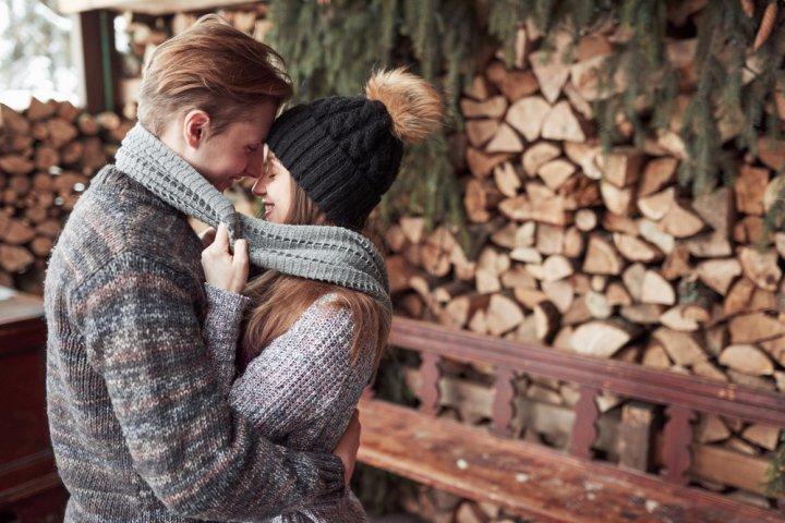 24c93f040739 冬コーデに欠かせないメンズブランドニット・セーターは人気のプレゼント!