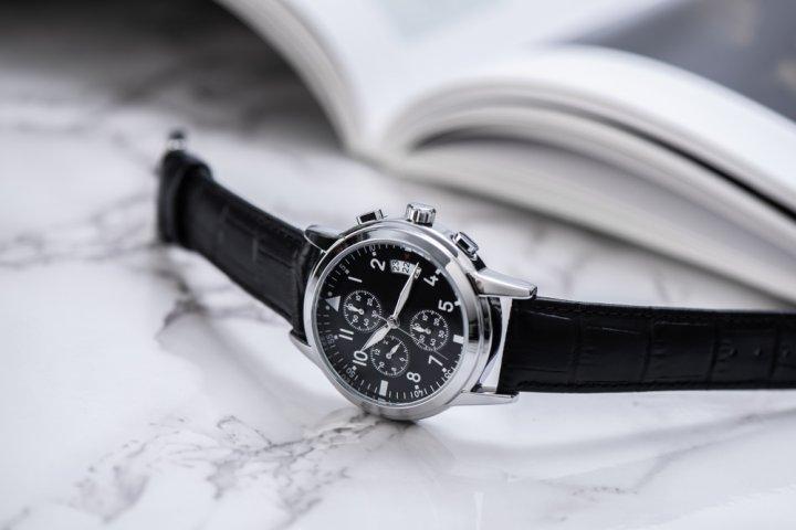 プレゼントに最適なメンズ腕時計 人気ブランドランキング28選!20代・30代・40代の彼氏や男性におすすめの腕時計を紹介!