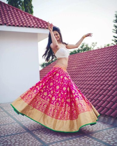 What If You Can Make An Exclusive Designer Dress By Re Using Your Old Saree 2020 Create Magic By Transforming Sarees Into Lehenga Using Our Craft Ideas And Be Proud Of Yourself