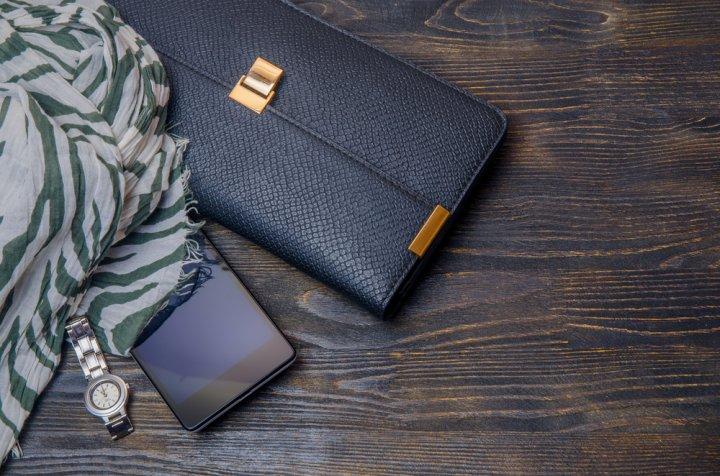 9974d507ca1c ここからは、30代女性におすすめの財布が見つかる定番人気のレディースブランドをご紹介します。徹底した調査のうえ、12のブランドを厳選しました。