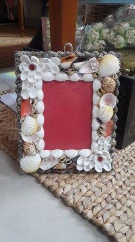 ini dia frame foto gantung untuk dekorasi rumah yang lebih