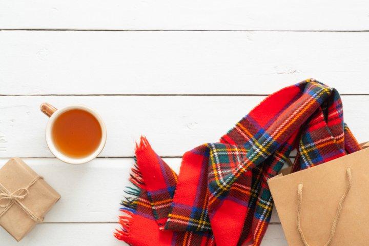 プレゼントにおすすめのレディースマフラー 人気ブランドランキングTOP10!女性や彼女に喜ばれるマフラーを紹介!