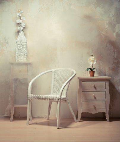 10 pilihan kursi kayu minimalis untuk mempercantik ruangan