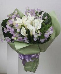 スイートピー ラウンドブーケ ホワイト&バイオレット 白いカラーと紫のスイートピーでアレンジした花束。ギフト・贈り物・プレゼントに【生花】【花恭】【クール便】