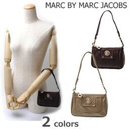 マークバイマークジェイコブス スマホケース MARC BY MARC JACOBS マークバイマークジェイコブス ターンロック アクセサリーポーチ/スマホケース スストラップ付  M382417